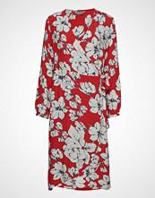B.Young Bygabby Flower Wrap Dress - Knelang Kjole Rød B.YOUNG