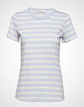 Levete Room Lr-Eika T-shirts & Tops Short-sleeved Blå LEVETE ROOM