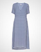 Envii Ensoho Ss Dress Aop 6622 Knelang Kjole Blå ENVII