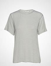 IBEN Victor Tee T-shirts & Tops Short-sleeved Grønn IBEN