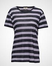 Stig P Viola T-shirts & Tops Short-sleeved Blå STIG P