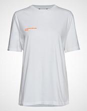 Holzweiler Fallo Lar T-Shirt T-shirts & Tops Short-sleeved Hvit HOLZWEILER