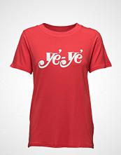 Just Female Ye Ye Tee T-shirts & Tops Short-sleeved Rød JUST FEMALE