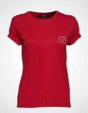 Karl Lagerfeld Rue Lagerfeld Pocket Tee T-shirts & Tops Short-sleeved Rød KARL LAGERFELD