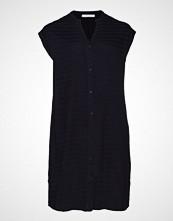 Violeta by Mango Butt D Textured Dress Kort Kjole Svart VIOLETA BY MANGO