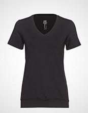 Casall Essentials Loose Cuff Tee T-shirts & Tops Short-sleeved Svart CASALL