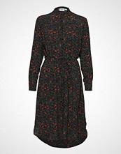 Saint Tropez Woven Shirt Dress W L/S Knelang Kjole Rød SAINT TROPEZ