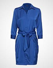 GUESS Jeans Nahia Dress Knelang Kjole Blå GUESS JEANS