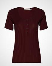Gestuz Rollogz Tee Ao19 T-shirts & Tops Short-sleeved Rød GESTUZ