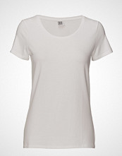 Saint Tropez T-Shirt With Round Neck T-shirts & Tops Short-sleeved Hvit SAINT TROPEZ