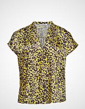Violeta by Mango Leopard Print Blouse T-shirts & Tops Short-sleeved Gul VIOLETA BY MANGO