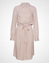 Saint Tropez Woven Dress On Knee Length Knelang Kjole Rosa SAINT TROPEZ
