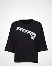 Reebok Performance Wor Myt Graphic Tee T-shirts & Tops Short-sleeved Svart REEBOK PERFORMANCE