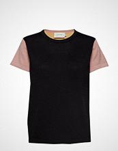 Munthe Duckie T-shirts & Tops Short-sleeved Svart MUNTHE