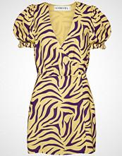Ivyrevel Puff Sleeve Overlap Dress Kort Kjole Gul IVYREVEL