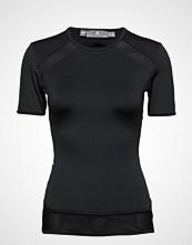 Adidas by Stella McCartney P Ess Tee T-shirts & Tops Short-sleeved Svart ADIDAS BY STELLA MCCARTNEY