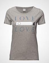 Boss Casual Wear Teslogan T-shirts & Tops Short-sleeved Grå BOSS CASUAL WEAR