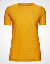 B.Young Bytrisha Tshirt - T-shirts & Tops Short-sleeved Gul B.YOUNG