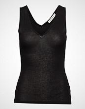 Sofie Schnoor Top T-shirts & Tops Sleeveless Svart SOFIE SCHNOOR