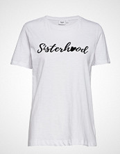 Saint Tropez T-Shirt W Flock Print T-shirts & Tops Short-sleeved Hvit SAINT TROPEZ
