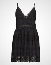 By Malina Ella Dress Kort Kjole Svart BY MALINA