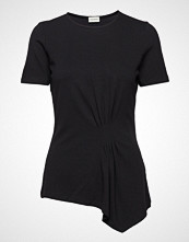 By Malene Birger Kimo T-shirts & Tops Short-sleeved Svart BY MALENE BIRGER