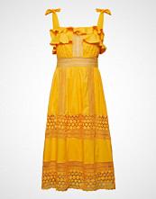 By Malina Emeline Dress Knelang Kjole Gul BY MALINA