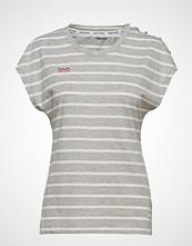 Kari Traa Sundve Tee T-shirts & Tops Sleeveless Hvit KARI TRAA