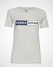 Baum Und Pferdgarten Jerry T-shirts & Tops Short-sleeved Grå BAUM UND PFERDGARTEN