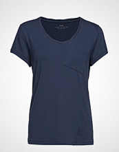 Day Birger et Mikkelsen Day Clean Twist T-shirts & Tops Short-sleeved Blå DAY BIRGER ET MIKKELSEN