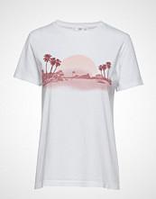 Mango Embroidered Detail T-Shirt T-shirts & Tops Short-sleeved Hvit MANGO