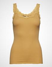 Rosemunde Silk Top Regular W/Rev Vintage Lace T-shirts & Tops Sleeveless Gul ROSEMUNDE