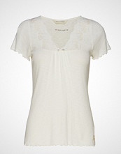 Odd Molly Secret Break Top T-shirts & Tops Short-sleeved Hvit ODD MOLLY