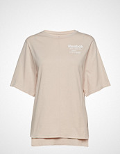 Reebok Performance Ts Graphic Tee T-shirts & Tops Short-sleeved Rosa REEBOK PERFORMANCE