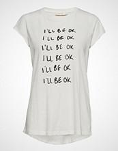 Rabens Saloner Fine Print T-Shirt T-shirts & Tops Short-sleeved Hvit RABENS SAL R