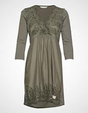 Odd Molly Backyard Dress Knelang Kjole Grønn ODD MOLLY