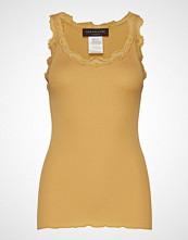 Rosemunde Silk Top Regular W/Vintage Lace T-shirts & Tops Sleeveless Gul ROSEMUNDE