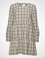 Envii Enharry Ls O-N Dress 6628 Kort Kjole Beige ENVII
