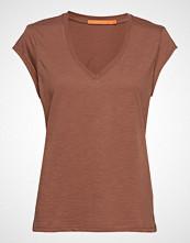 Coster Copenhagen Basic Tee W. V-Neck T-shirts & Tops Short-sleeved Brun COSTER COPENHAGEN
