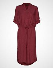 Soaked in Luxury Sl Sandie Zaya Dress Knelang Kjole Rød SOAKED IN LUXURY