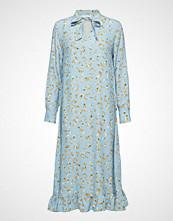 POSTYR Poslaurette Long Dress Knelang Kjole Blå POSTYR