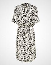 Soaked in Luxury Sl Sandie Zaya Dress Knelang Kjole Creme SOAKED IN LUXURY