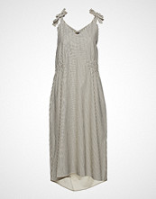 WACAY Mattea Dress Knelang Kjole Creme WACAY