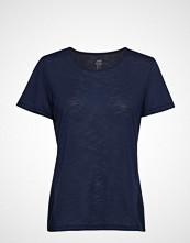 Casall Crossways Textured Tee T-shirts & Tops Short-sleeved Blå CASALL