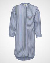 Second Female Bertie Shirt Dress Kort Kjole Blå SECOND FEMALE