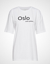 Line Of Oslo Jamie T-shirts & Tops Short-sleeved Hvit LINE OF OSLO