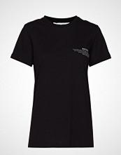 DESIGNERS, REMIX Stanley Text Tee T-shirts & Tops Short-sleeved Svart DESIGNERS, REMIX