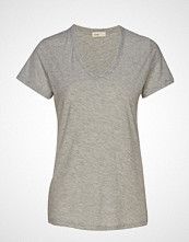 Levete Room Lr-Any T-shirts & Tops Short-sleeved Grå LEVETE ROOM