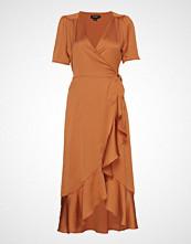 Soaked in Luxury Sl Karven Dress Knelang Kjole Oransje SOAKED IN LUXURY
