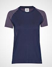 Hummel Hmlcalypso Seamless T-Shirt S/S T-shirts & Tops Short-sleeved Blå HUMMEL